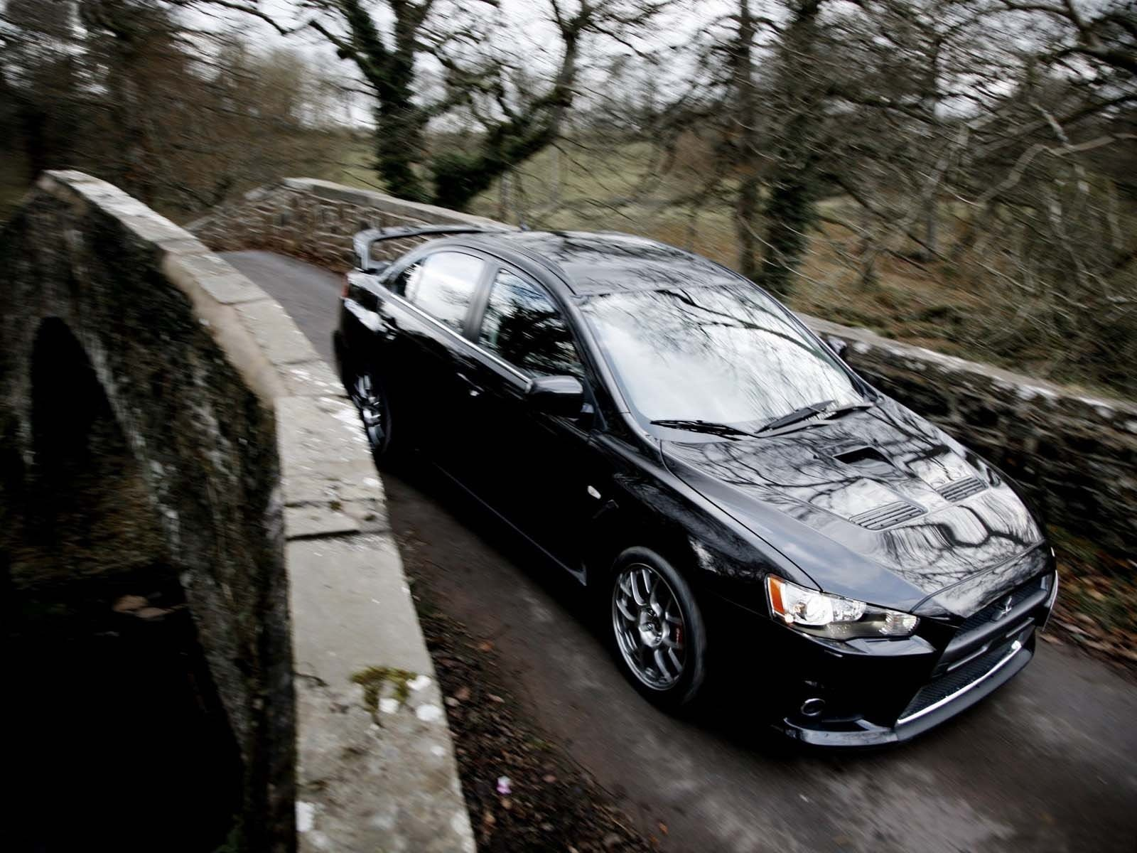 mitsubishi lancer evolution x 2008 old bridge-1600x1200